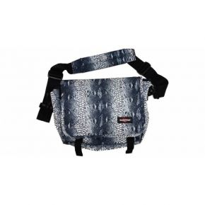 Eastpak Messenger Bag Capacity Snake