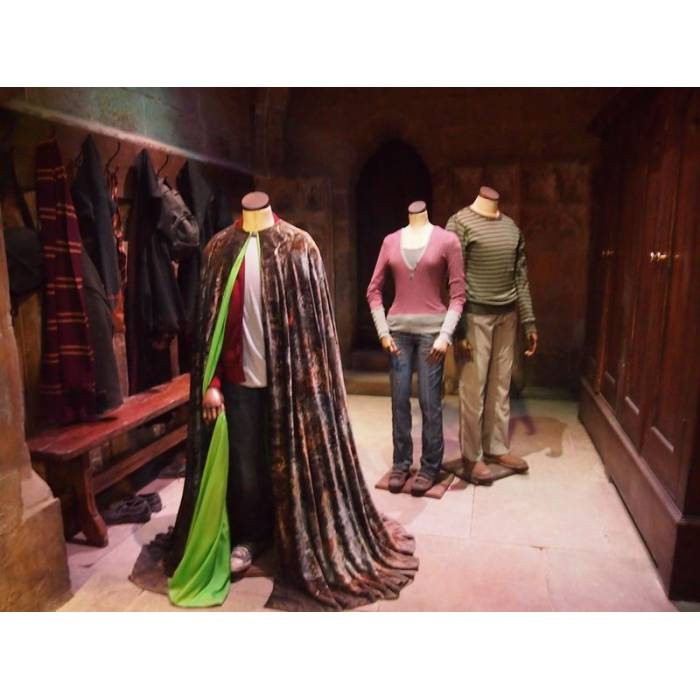 Hollytoon Wow! Stuff Invisibility Cloak Harry Potter